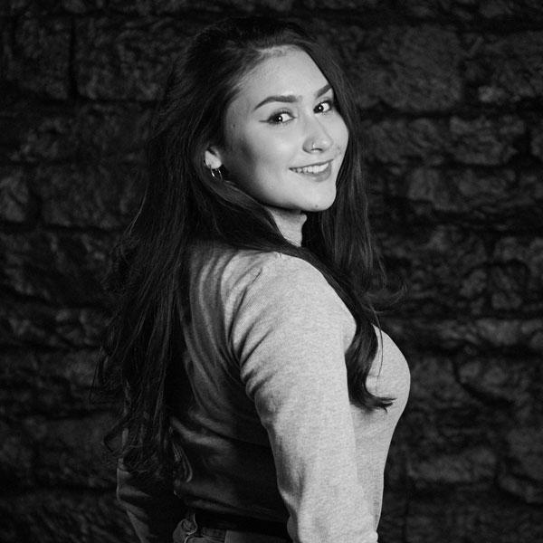 Portrait Dilara Akiyildiz